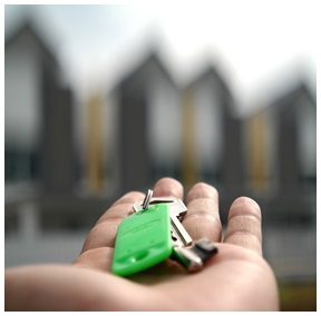"""The very thought of purchasing a new home is often enough to create feelings of fear and panic. A recent report attributes some of these feelings to the large legal shift in our country's Real Estate market in the last few years, giving you more choice, but often with greater risk attached. Before buying your next home, contact Rose Kgosinkwe on 0829222203 to get a copy of the report entitled """"5 Critical Factors to Identify Before You Buy a Home""""."""